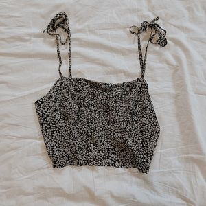 Black and white floral print tank